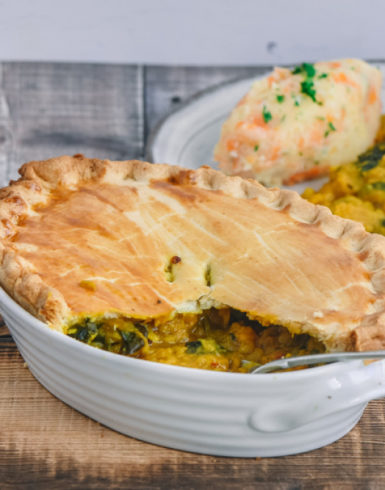 Spiced lentil pie